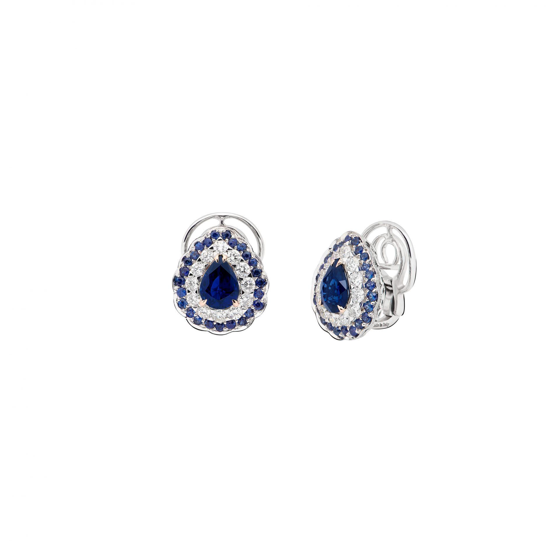 La Broderie Bleue Earrings