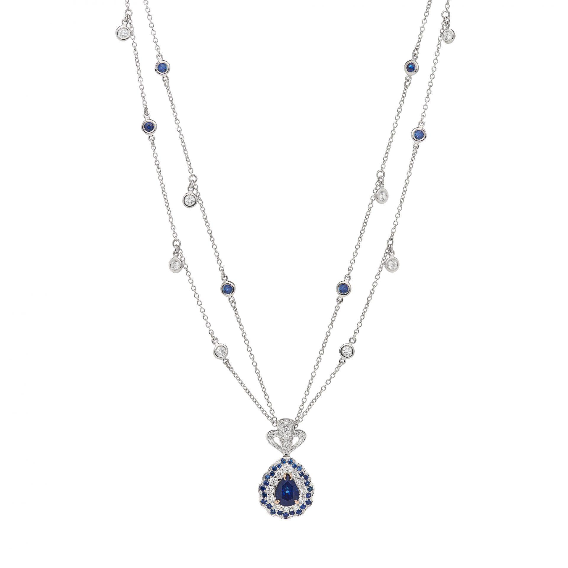 La Broderie Bleue Necklace